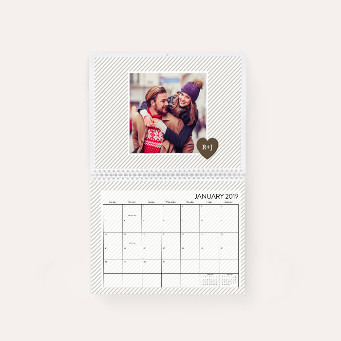 photo calendars create custom calendars walgreens photo